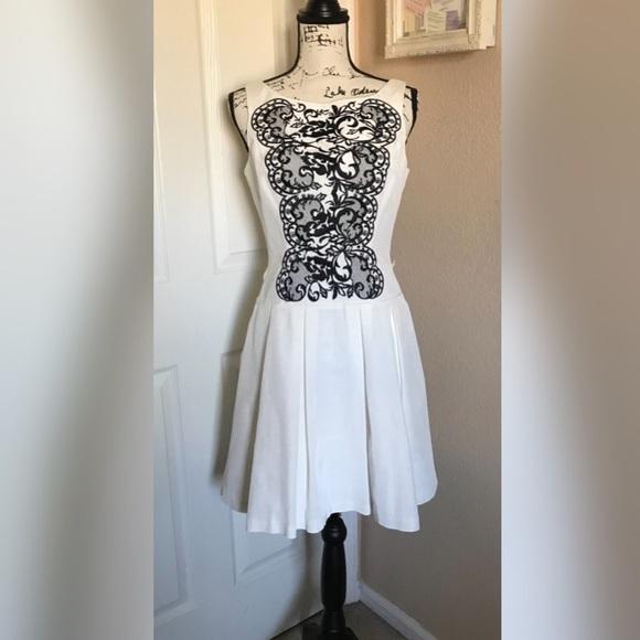 e8cbef166587f White House Black Market fit & flare dress 8. M_5ad7e5042ab8c5b2704e8b7c